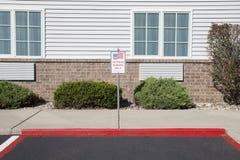 Tecken för parkering för veteran` s Royaltyfri Foto