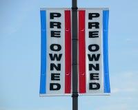 Tecken för Pre-owned eller använd bil Arkivbild