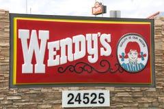 Tecken för restaurang för snabbmat för Wendy ` s arkivfoto