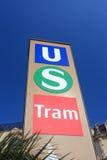Tecken för station för stads- transport Royaltyfria Foton