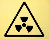 Tecken för symbol för utstrålningsfara av radhazhotet royaltyfri foto