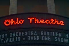 Tecken för teater för Ohio teaterstort festtält som annonserar Columbus Symphony Orchestra i i stadens centrum Columbus, OH arkivbilder