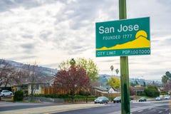 Tecken för uppdaterade San Jose, Kalifornien stadsgräns arkivbilder