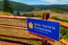 Tecken för utkik Pennsylvania för välkommen mitt Fotografering för Bildbyråer