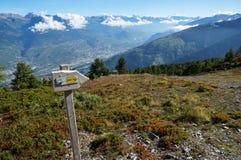 Tecken på den trekking slingan Fotografering för Bildbyråer