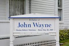 Tecken på John Wayne Birthplace Royaltyfria Bilder