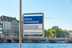 Tecken på Limmatquai i Zurich Royaltyfri Bild