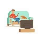 Teckensammanträde för ung man på en soffa och en hållande ögonen på TV, folk som vilar den hemmastadda vektorillustrationen Arkivbilder