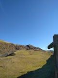 Teckenstolpe i de Yorkshire dalarna Arkivbilder