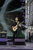 tecknad film detailed gitarristen isolerade white för rockserieetapp Royaltyfri Bild