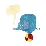 tecknad filmcirkuselefant med anförandebubblan Arkivbild