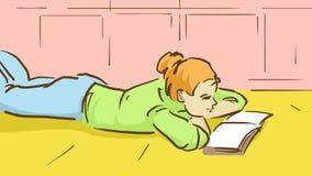 Tecknad filmflickan ligger på golvet och läsningen en bok Arkivbilder