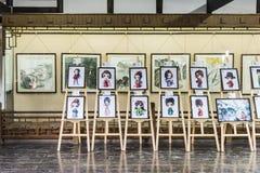 Tecknad filmshow i västra trädgård Royaltyfria Bilder