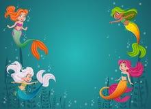 Tecknad filmsjöjungfruprinsessa med färgrikt hår Simma för sjöjungfrubarn stock illustrationer