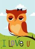 Tecknad filmuggla på ett kort för trädfilial Fotografering för Bildbyråer