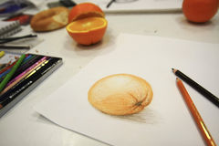tecknande orange blyertspennabild Royaltyfria Bilder