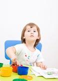 tecknar flickan little målarfärg royaltyfri fotografi