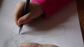 tecknar flickan little paper blyertspenna Närbild royaltyfri illustrationer