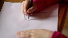 tecknar flickan little paper blyertspenna Närbild stock illustrationer