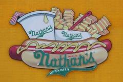 Tecknet för restaurang för Nathan ` s det original- på Coney Island, New York Arkivbilder