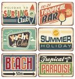 Tecknet för tappning för sommarferie stiger ombord samlingen vektor illustrationer