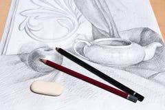 Teckning av stilleben vid grafitblyertspennan Royaltyfri Foto