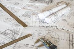 Teckningar och mätahjälpmedel Arkivbild