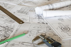 Teckningar och mätahjälpmedel arkivbilder