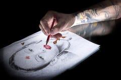 teckningen hand henne morgonunderkläder upp varmt kvinnabarn Royaltyfria Bilder