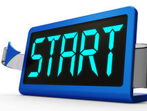 Tecla 'Iniciar Cópias' no pulso de disparo que mostra o começo ou a ativação Imagens de Stock Royalty Free