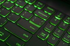 Teclado colorido para el juego Teclado retroiluminado con esquema de color verde Teclado ligero colorido fotos de archivo
