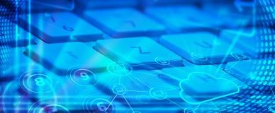 Teclado com ícones de incandescência da tecnologia da nuvem Fotografia de Stock Royalty Free