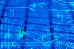 Teclado com ícones de incandescência da tecnologia da nuvem Imagens de Stock Royalty Free