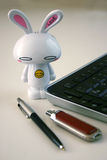 Teclado de computador com coelho de Easter Foto de Stock