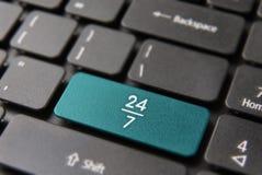 teclado de computador sempre aberto de um serviço de 24/7 de hora Imagem de Stock Royalty Free