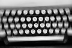 Teclado de máquina de escrever Fotos de Stock Royalty Free
