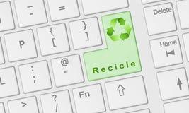 Teclado de ordenador con el clave de Recicle Fotos de archivo libres de regalías