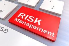 Teclado de ordenador con un concepto del botón de la gestión de riesgos Imagen de archivo