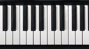 Teclado de piano electrónico Fotografía de archivo libre de regalías