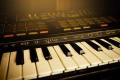 Teclado de piano eletrônico Fotografia de Stock Royalty Free