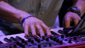 Teclado de piano de jogo rápido video estoque