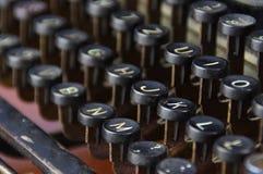 Teclado do vintage da máquina da escrita Fotos de Stock Royalty Free