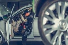 Tecnico automobilistico Job immagine stock