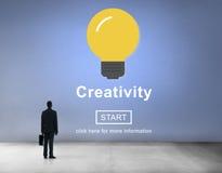 Tecnología de la solución de la innovación de la inspiración de las ideas de la creatividad concentrada fotografía de archivo libre de regalías