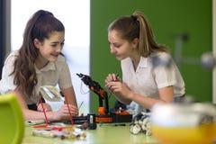 Tecnología robótica en escuela Imagen de archivo