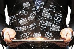 Tecnología y concepto del márketing del correo electrónico imagen de archivo