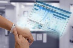 Tecnología electrónica del informe médico Imágenes de archivo libres de regalías