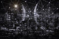 Tecnologia da conexão de rede com cidade da noite Commun do comércio eletrônico foto de stock