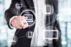 Tecnologia da informação global, rede em linha sem fio fotos de stock royalty free