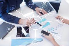 Tecnologia da nuvem Armazenamento de dados Conceito do serviço dos trabalhos em rede e de Internet Fotografia de Stock Royalty Free
